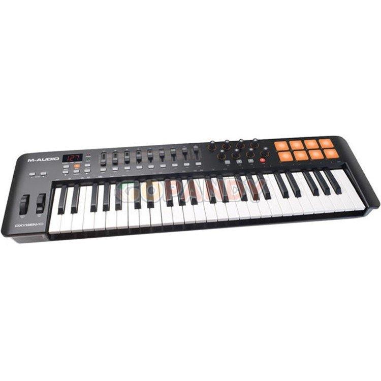 m-audio_oxygen_49_mk4_keyboard_controller1.jpg