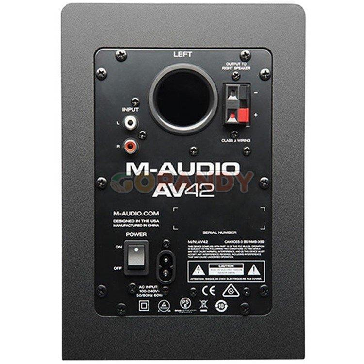 m-audioav424.jpg